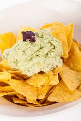Crisp corn nachos with guacamole sauce