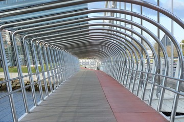 passage on the bridge, perspective