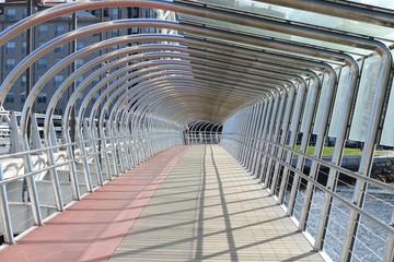 passage on the bridge, perspective