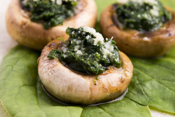 mushrooms stuffed with spinach