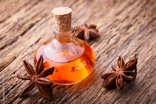 star anise essential oil - 1024×683