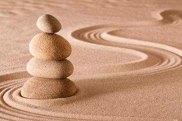 Photo sur Plexiglas Zen pierres a sable balancing stones zen garden