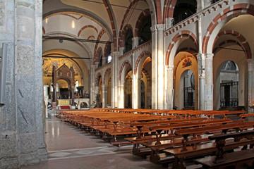 basilica di Sant'Ambrogio, Milano; navata centrale
