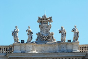Sculptures on the facade of Vatican city works