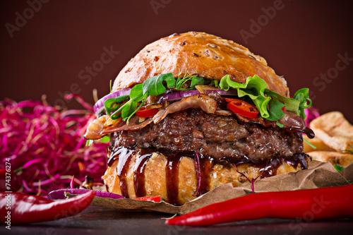 Ветчина гамбургер завтрак  № 2141543 загрузить
