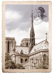 vecchia cartolina postale di Notre Dame