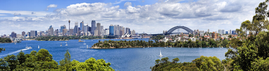 Sy CBD from Taronga 04 Panorama