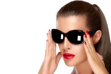 Beautiful Fashion Model woman in Black Fashion Sunglasses