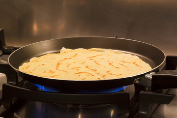 Making Crepe