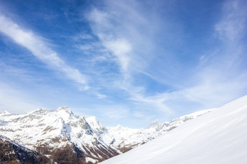 Wall Mural - Veduta di montagna invernale
