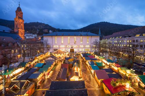 Heidelberg Weihnachtsmarkt.Heidelberger Weihnachtsmarkt Auf Dem Universitätsplatz Stockfotos