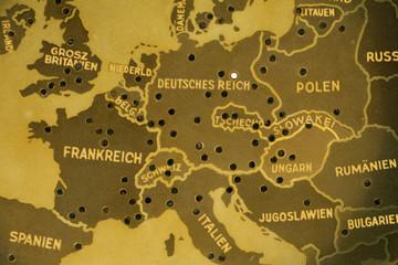 Europakarte aus der NS-Zeit auf einem Radio von 1939