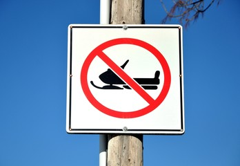 No snowmobiling sign