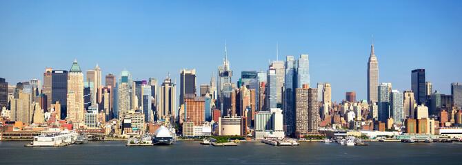 Manhattan skyline panorama over Hudson River, New York