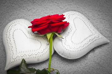 Herzen mit Rose