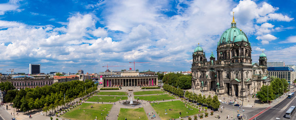 Wall Mural - View of Berlin Cathedral