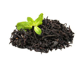 Wall Mural - Black tea with mint leaf