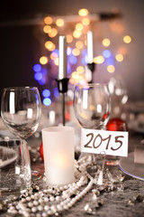 2015 new years eve party table with ribon and glitter