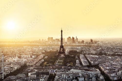 Coucher de soleil sur paris et la tour eiffel stock photo and royalty free images on fotolia - Coucher de soleil sur paris ...