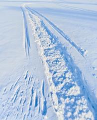 Fototapete - Snowmobile track