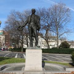 Statue Jose Artigas.