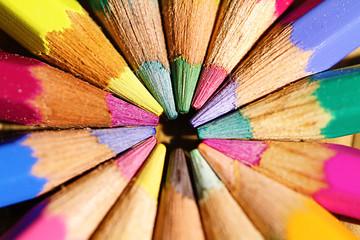 matite colorate  Cerca immagini: