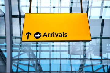 Fototapete - Check in, Airport Departure & Arrival information sign