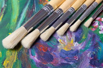 acrylic paint and artist paint brushes set