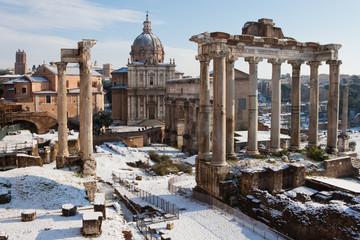Poster de jardin Rome Roman Forum with snow.