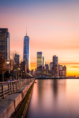 Fototapete - Lower Manhattan at sunset