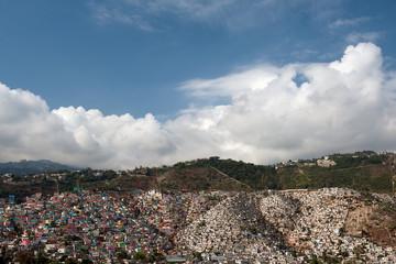 Blick von Pétionville auf bunte Häuser, Port-au-Prince, Haiti