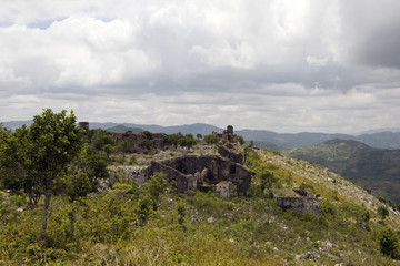 Festung Nähe Zitadelle La Ferrière, Milot, Haiti
