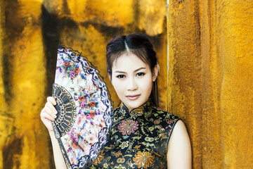 Chinese woman back dress traditional cheongsam