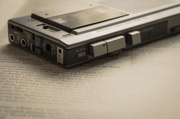マイクロカセットレコーダー