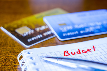Cash budget, the calculation of the balance, a credit cards