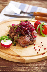 entrecote with onions