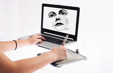hand on graphic tablet