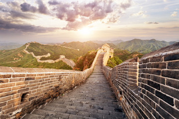 Fotobehang Chinese Muur skyline and great wall during sunrise