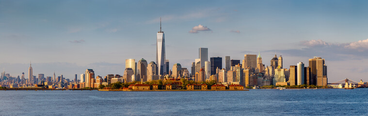Fotomurales - Panoramic view of Downtown Manhattan and New York skyscrapers
