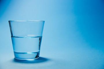 bicchiere d'acqua, vuoto, vetro