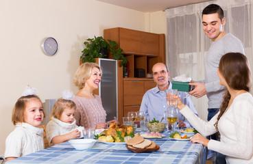 Congratulation heartily family at home
