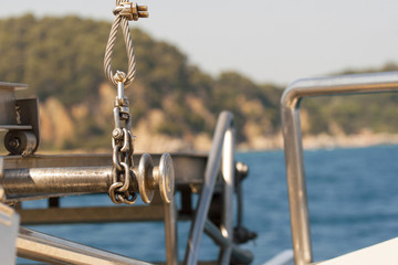 Detail of fastening of a cable on the sea boat.