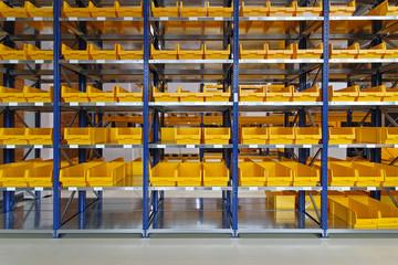 Warehouse bin trays