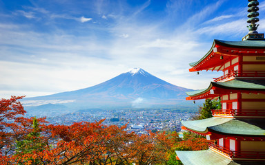 Photo sur Plexiglas Japon Mt. Fuji with Chureito Pagoda, Fujiyoshida, Japan