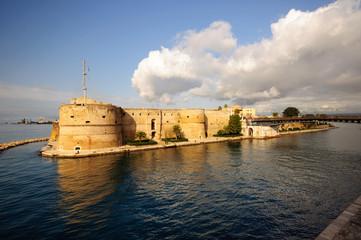 Taranto Castello Aragonese