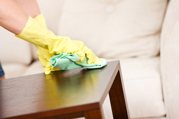 Cleaning: Dusting a Tabletop