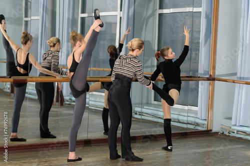фото балерины в раздевалке