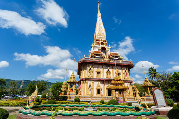 excursion to the temple Wat Chalong