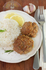 meatballs with rice and lemon