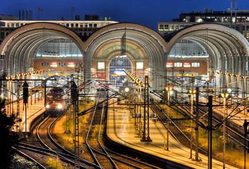 Foto auf AluDibond Bahnhof bahnhof in kiel